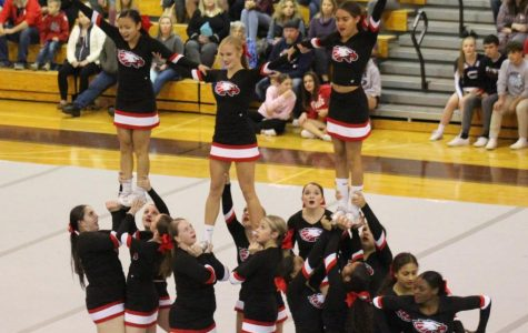 PHOTO: Cheer Takes on Leagues